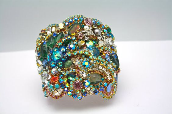 Doloris Petunia One of a Kind Custom Cuff  Sold par DolorisPetunia, $1000.00