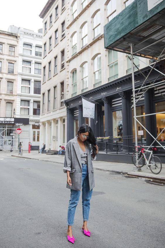 Look calça jeans sobreposição elegante
