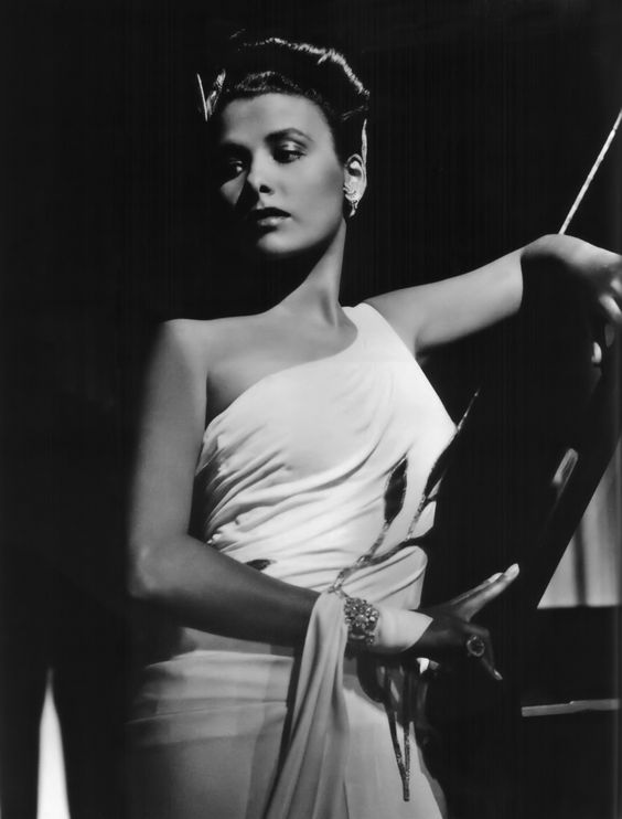 Lena Horn. A great jazz singer and a great woman.