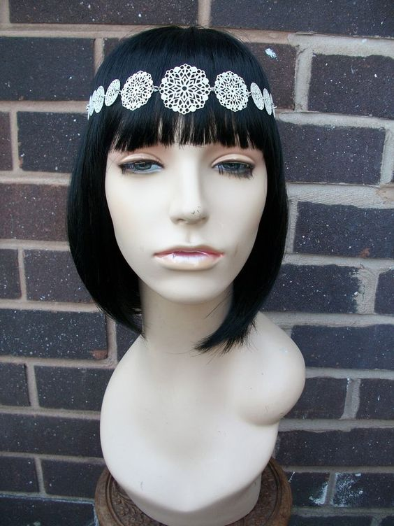 Vintage White Metal Flower Power Tiara Hair Head Band / Head Chain