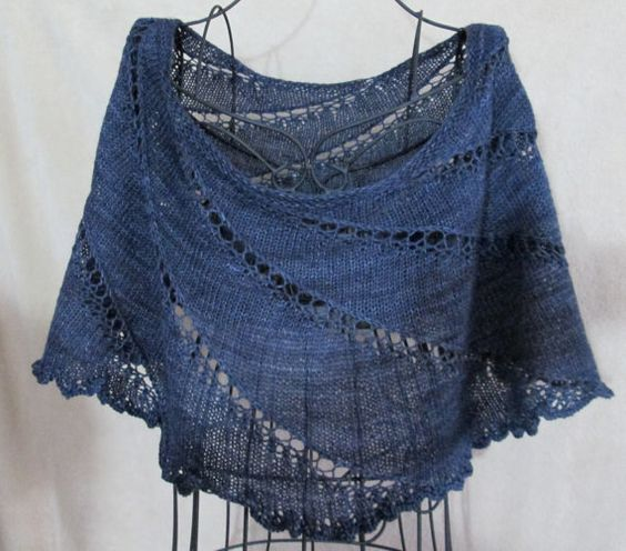 Charcoal Capelet/Cowl Cape by BalinanCreations on Etsy
