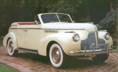 The style doesn't stop at the clothes Gents, here is a 1940 Buick Special Convertible. My dream ride.