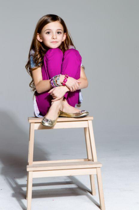 Works for kids and grown-ups alike. #littlerueouttake