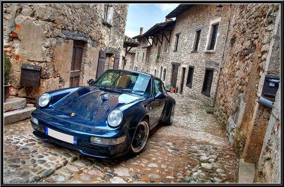 Porsche 965, impresionante en cualquier escenario.