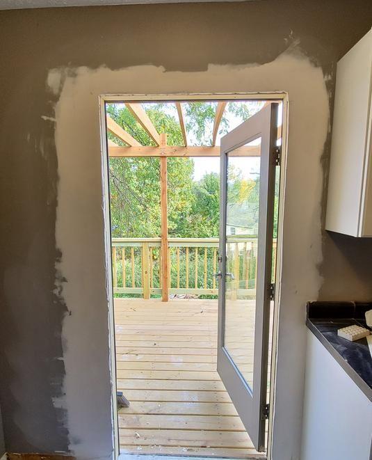Bellevue Nebraska Door Installer For Over 10 Years Lincoln Handyman Services Door Installation H Door Installation Installing Exterior Door Residential Doors