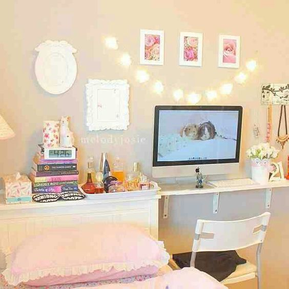 Girly Bedroom Ideas For Small Rooms: Girly Desk Idea For Bedroom