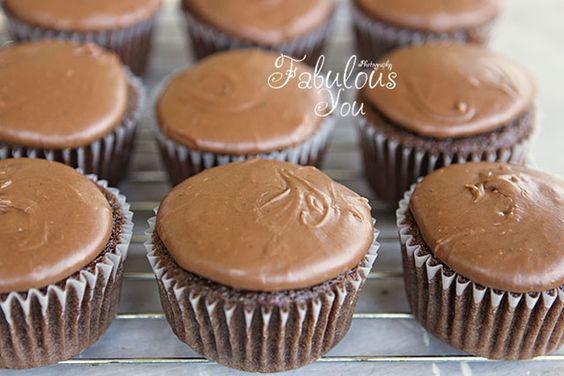 Texas Sheet Cake Cupcakes!  WOO HOO!