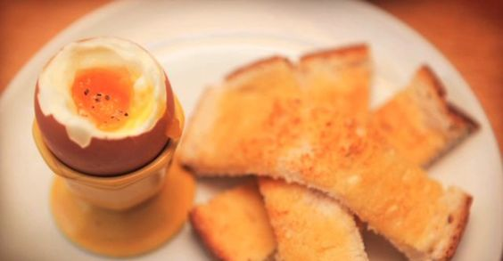 Create the perfect boiled egg with Sunday Brunch's Paul Merrett! http://www.cookwithchefs.com/main/soft-boiled-egg.aspx