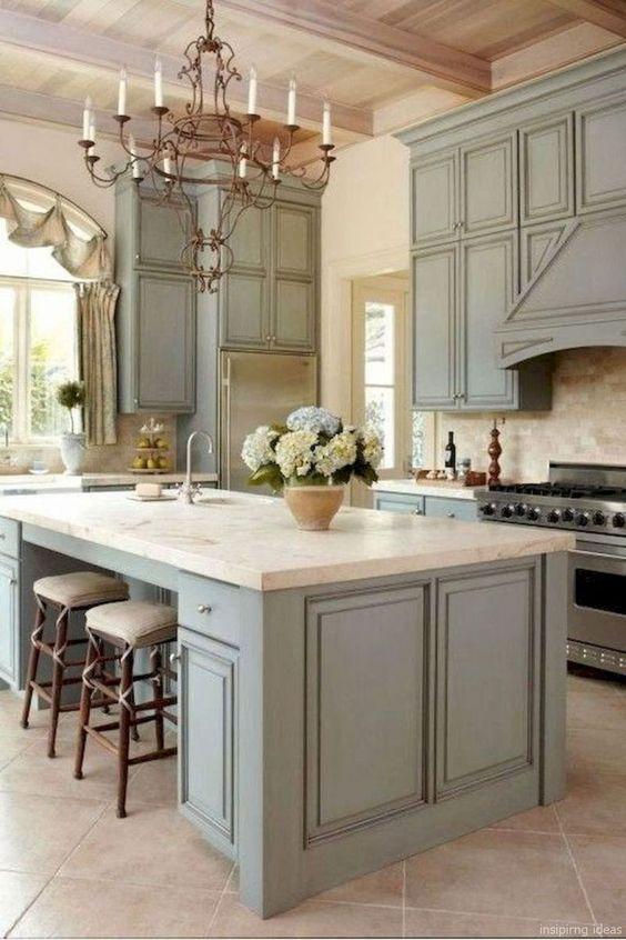 Incredible Farmhouse Kitchen Cabinets Design Ideas 41