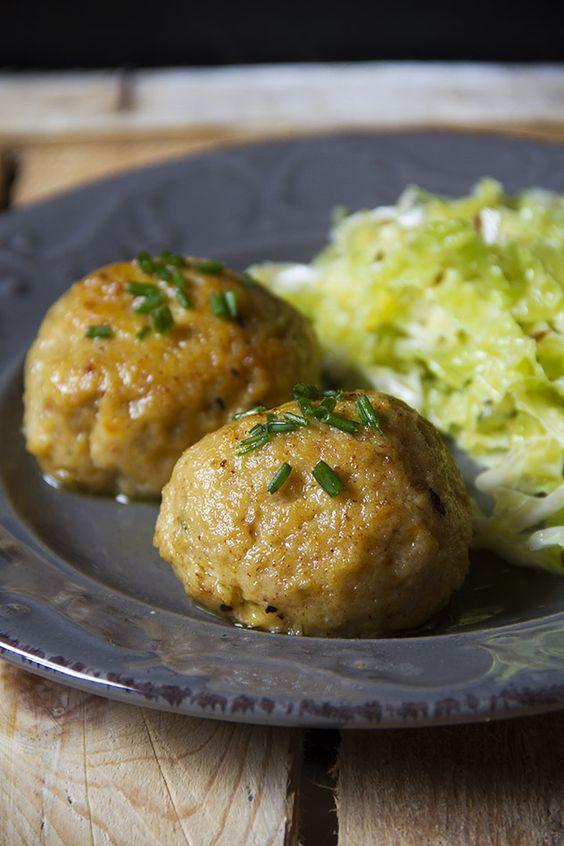 Canederli zucca e speck con insalata di cavolo per portare a casa la Festa del…