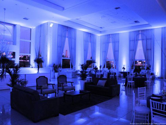 Espaço Le Blanc !  Lighting Designer Fernanda Orenes. Product Led Spot Wireless
