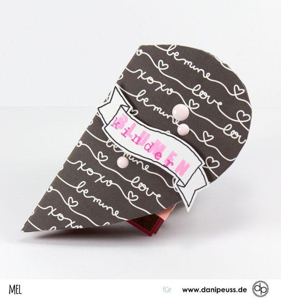 Herziges Minialbum mit dem Januarkit 2017 von Melanie Hoch für www.danipeuss.de Scrapbooking Stempeln Mixed Media Liebe Hochzeit Blumenkinder Fotoalbum DIY