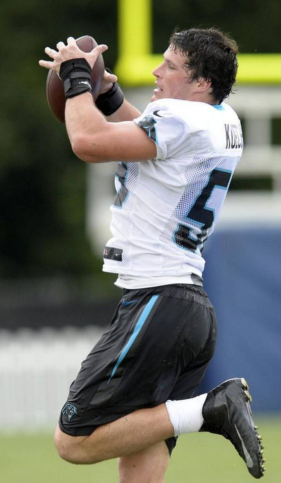 Carolina Panthers' Luke Kuechly (59) goes through a workout drill during Carolina Panthers Training Camp at Wofford College in Spartanburg, SC on Sunday, August 9, 2015.