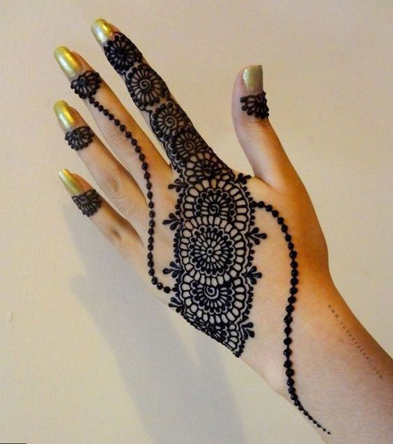simple mehndi design 2021 left hand