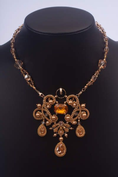 Copper & Bling. Nice combination
