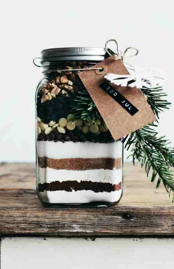 60 cute and easy diy gifts in a jar jars homemade and christmas gift ideas. Black Bedroom Furniture Sets. Home Design Ideas