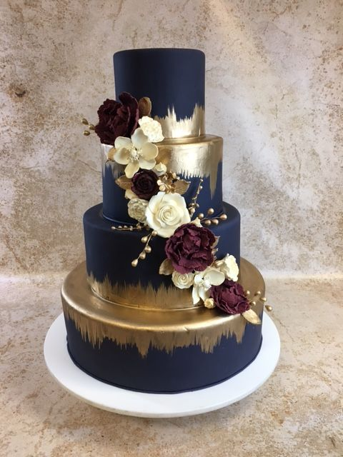 Pin By Jessi Young On Cakes Wedding Cake Images Wedding Cake Navy Wedding Cake Rustic