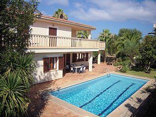 Angebot im Juli/aug! 400qm, Pool,6 Schlafzimmer,4 Badezimmer, 1WC, Internet SAFerienhaus in Sa Coma von @homeaway! #vacation #rental #travel #homeaway