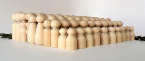Cheville en bois poupées / 20 familles de 5 / par CedarOaks sur Etsy