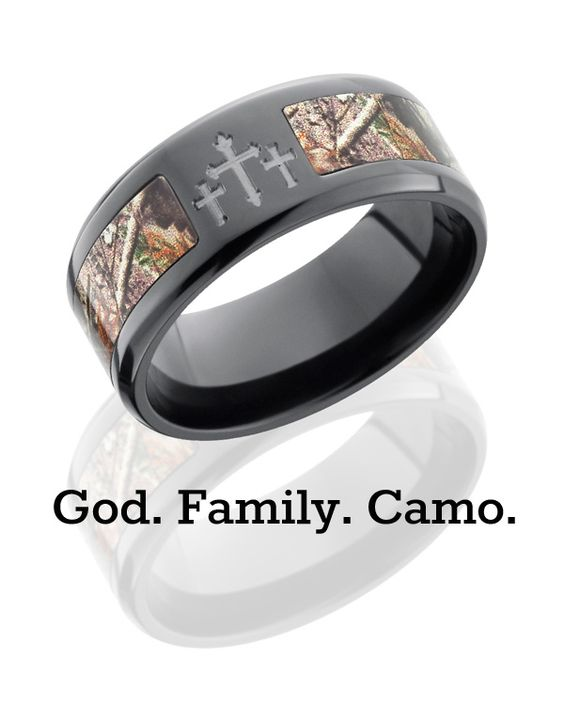 Camo and crosses -- what more does a country boy need? 9 mm black zirconium Realtree AP camo ring @Camokix @collinwebb