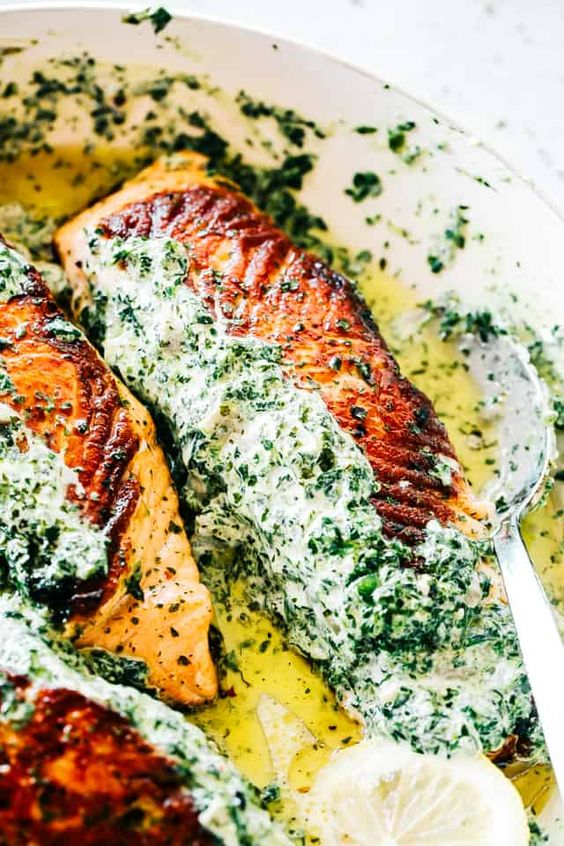 Fish is healthy and easy to bake, grill, or fry. From baked salmon to herb crusted fish, you'll be hooked on these healthy fish recipes. healthy fish recipes | fried fish | white fish recipes | easy fish recipe | fish recipes for dinner #fish #recipes