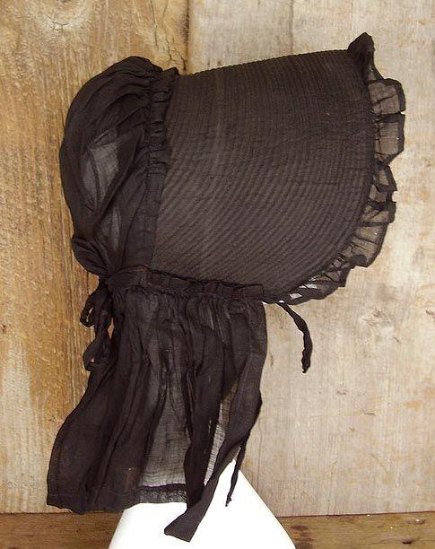 Black Corded Bonnet