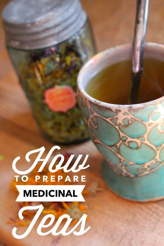 How to Prepare Herbal Infusions and Decoctions // from Blog Castanea