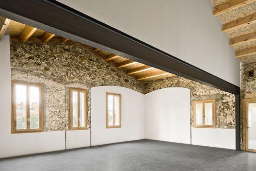 Escola Bressol em Vilanova del Vallés / David Sebastian + Gerard Puig Arquitectes