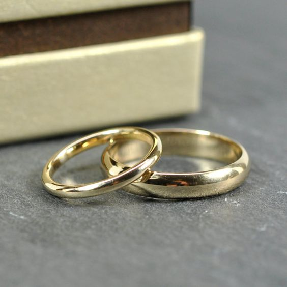 14K Yellow Gold 2x1.5mm and 4x1.5mm Half Round Wedding Band Set, Classic Rings, Sea Babe Jewelry    RING SIZE: priced for 2x1.5mm ring (3-6 US)