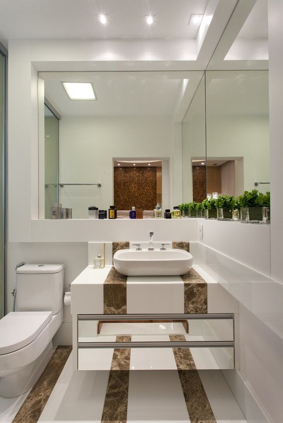 Banheiro, mármore, cuba de apoio, armário espelhado, porcelanato  Banheiros  -> Cuba Banheiro Marmore