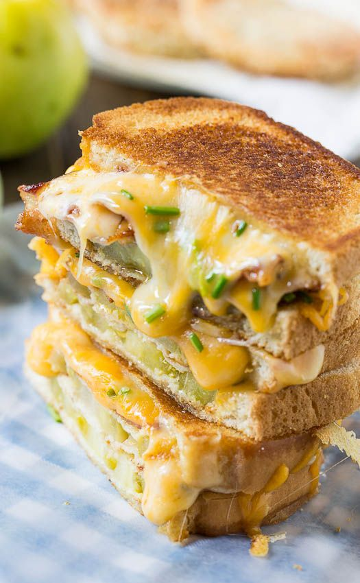 Fried Green Tomato and Bacon Grilled Cheese | Nom Nom Nom | Pinterest ...