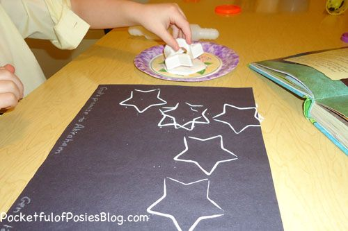Sunday School Crafts: Star Cookie Cutter Painting