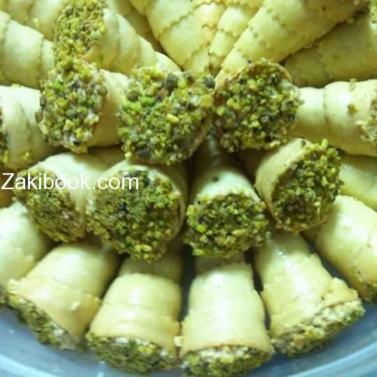 اقماع محشية ذوق و مناسبة جدا في سهرات رمضان زاكي Food Vegetables Broccoli