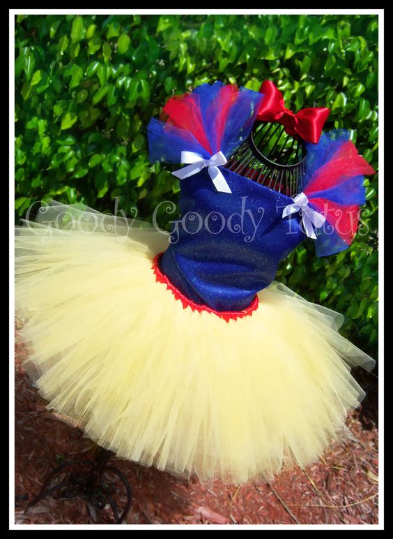 LOVE THIS!!! FAIREST OF ALL Snow White Inspired Tutu & by goodygoodytutus. $85.00 USD, via Etsy.