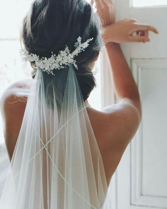 20 SUBLIME WEDDING HAIRSTYLES SPOTTED ON PINTEREST