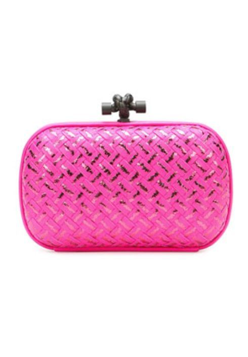 woven metallic knot clutch bag  http://rstyle.me/n/wdfunpdpe