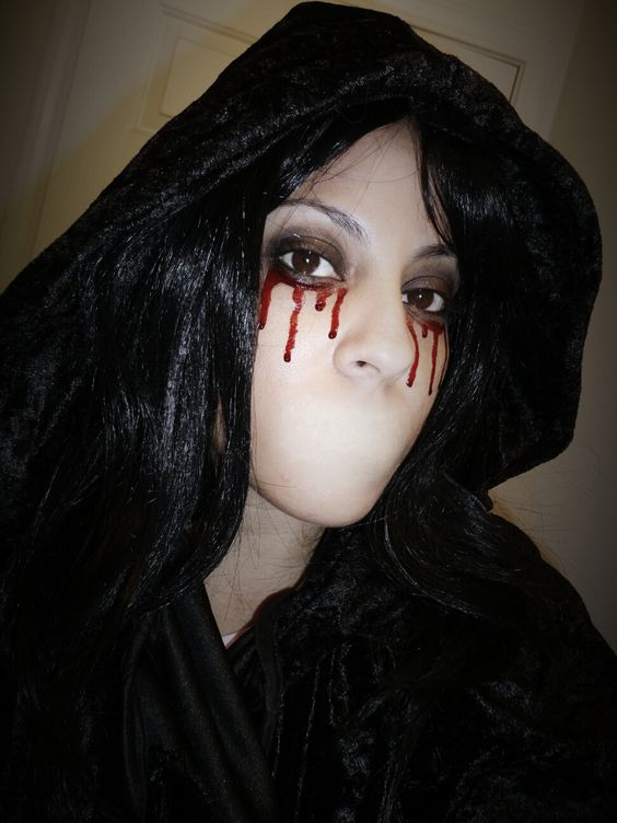 Speak no Evil - Bloody Mary Halloween Makeup | #Halloween Makeup ...