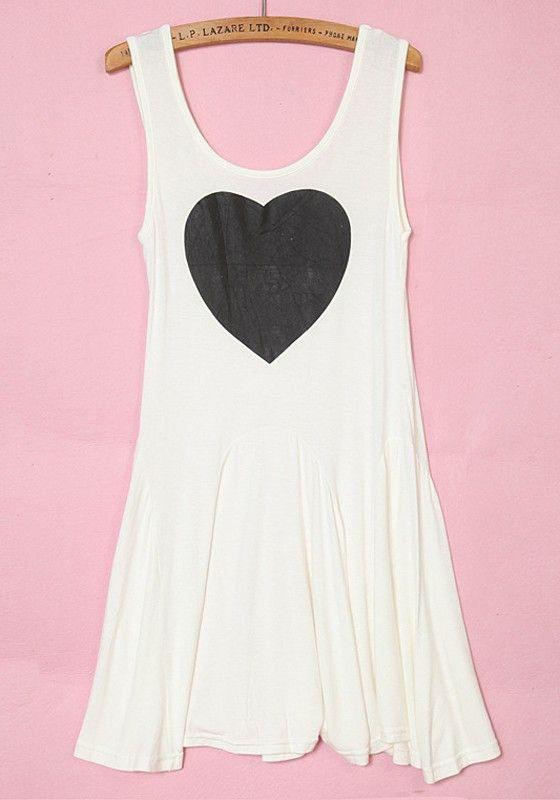 White Peach Heart Print Pleated Sleeveless Cotton Dress