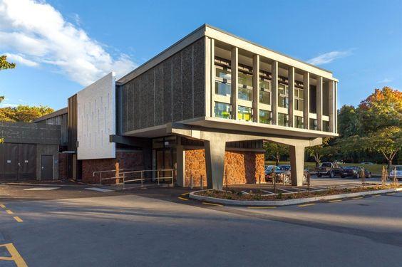 Secondary Data Center, University of Canterbury / Warren and Mahoney. Image © David Higgins