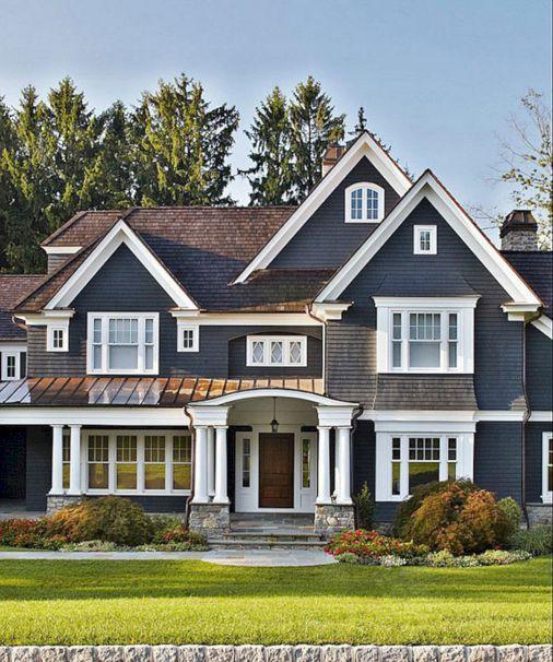 35 Beautiful Navy Blue And White Ideas For Home Exterior Color Freshouz Com House Exterior House Colors Exterior House Colors