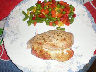 Peitos de Frango Recheados com Tomate e Queijo
