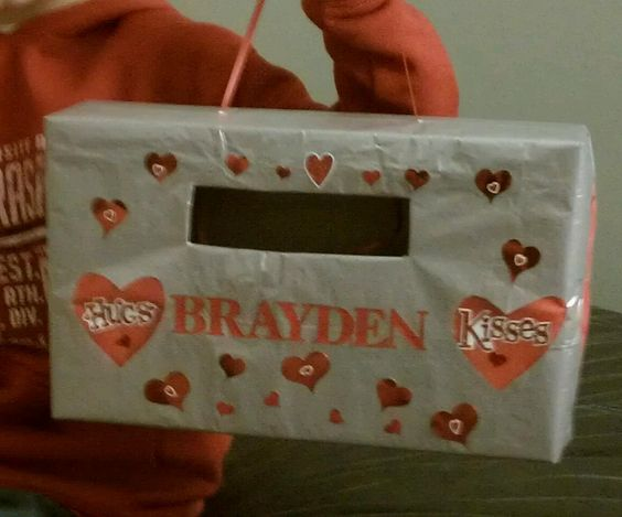 Valentine 39 s box made out of a cereal box holiday for What to make out of cereal boxes