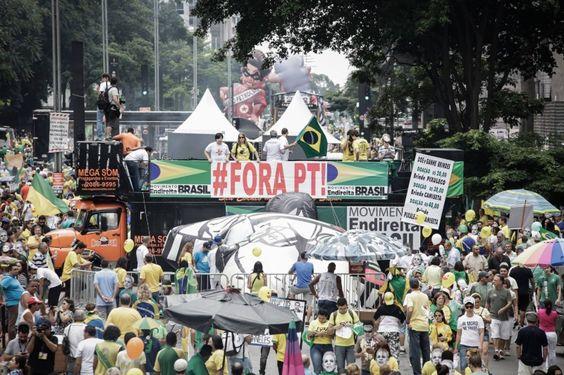 Direita brasileira: procura-se um líder paga-se bem