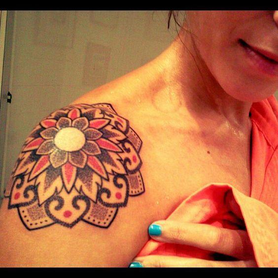 40 Coole Blumen Tattoo Vorlage   http://www.berlinroots.com/coole-blumen-tattoo-vorlage/