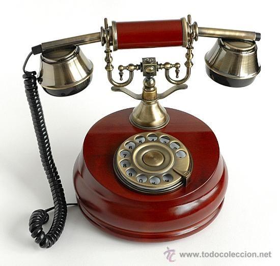 Teléfono antiguo imitación de madera