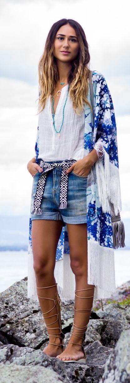 blue & white kimono.