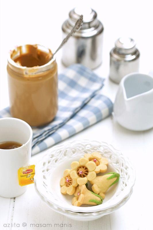 Biskut Bunga Seroja Masam Manis Resep Makanan Resep Kue