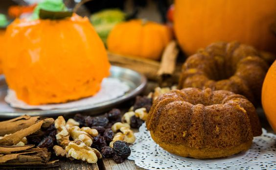 Halloween Pumpkin Bread with Cream Cheese Frosting Recipe
