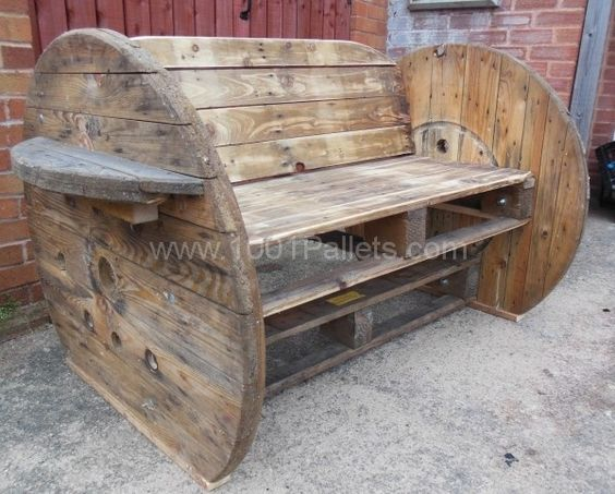 Pallet cable drum benches pallet ideas beautiful for Beautiful wooden benches