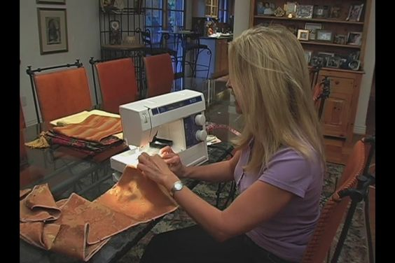 Video: How to Sew a Table Runner